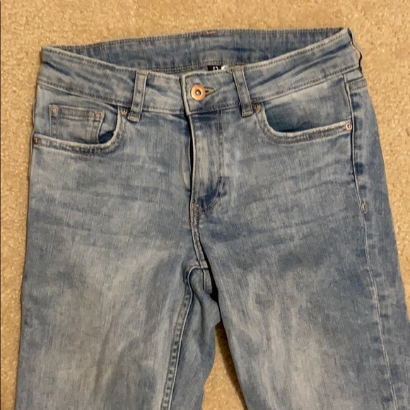H&M Distressed High Waisted Skinny Jeans